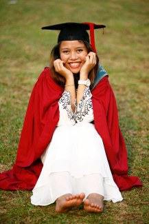 Nadzirah Aqilah UTM convocation graduation senior portrait photography by iQaeds Photography